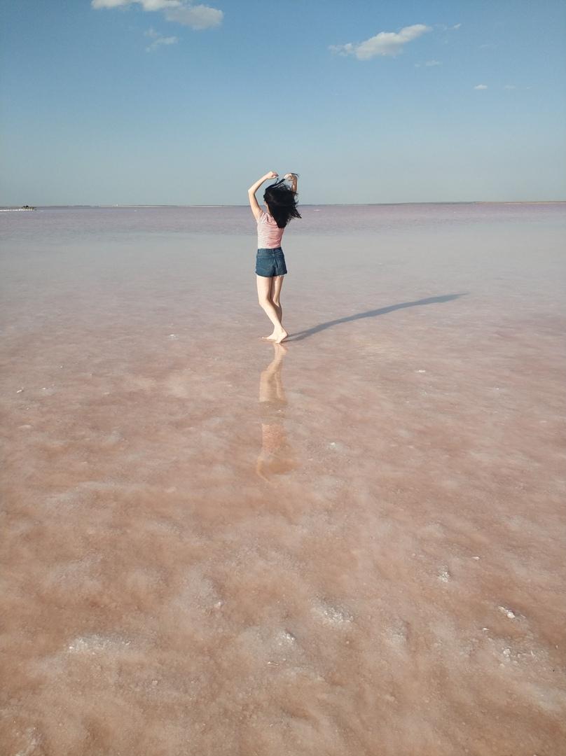Розовое озеро в Крыму под Евпаторией фото