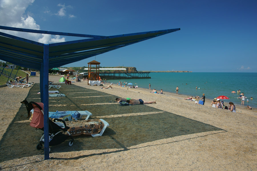 Пляж в Песчаном Крым фото